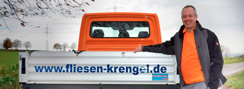 Jörg Krengel vor seinem LKW